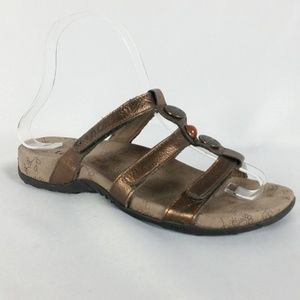 Taos 6 Bronze Strappy Sandals S22-9